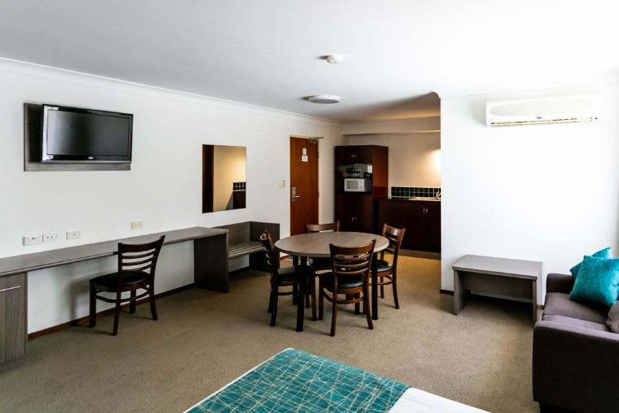Family Suite with Seating & Dining Area and Kitchenette